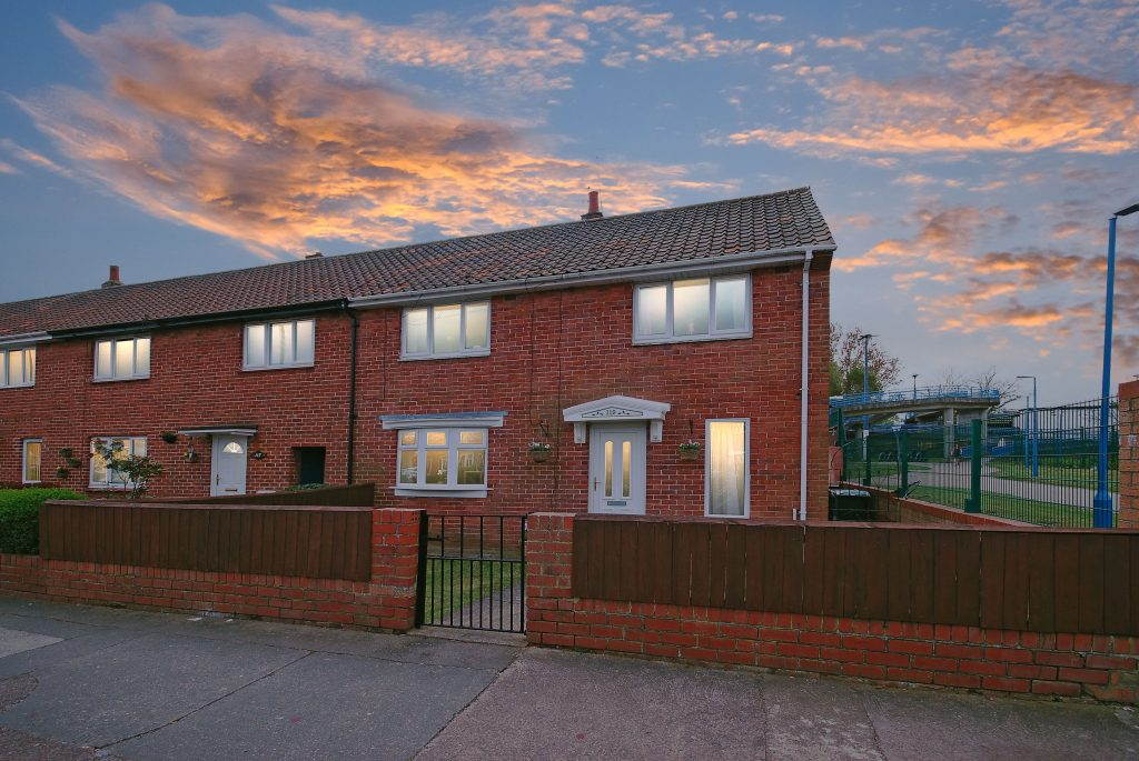 3 Bedroom End of Terrace House for sale on Chesters Avenue, Longbenton