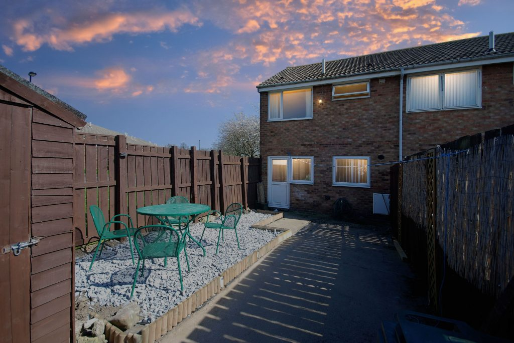 2 Bedroom End of Terrace House for Sale on Craigmillar Avenue, Blakelaw
