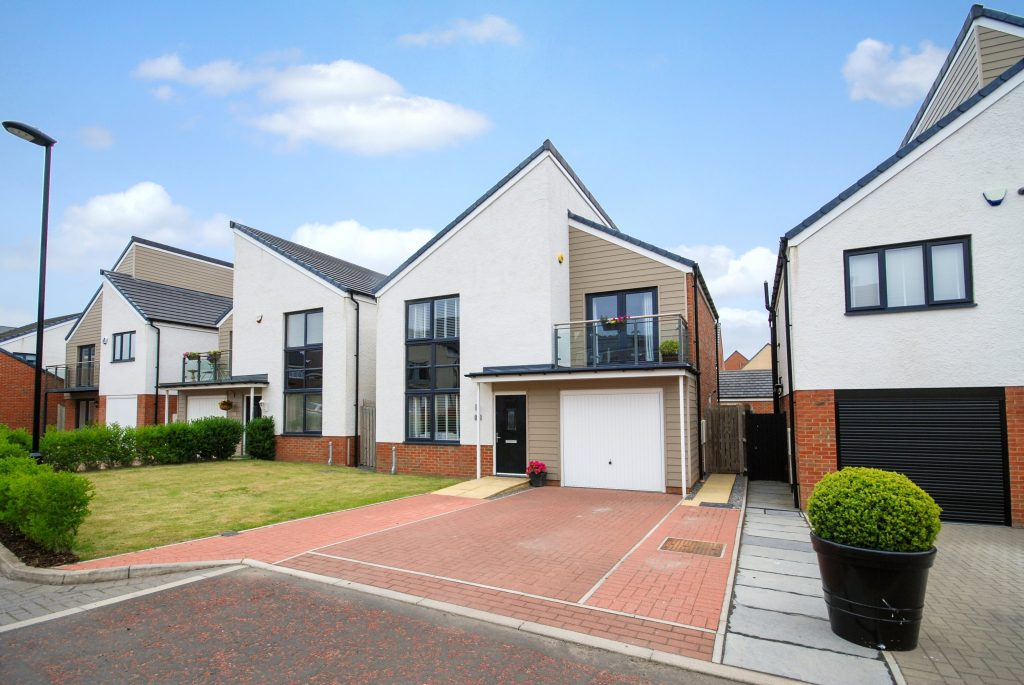 4 BEDROOM DETACHED ASPERLEY ON BOWDEN CLOSE, NEWCASTLE GREAT PARK