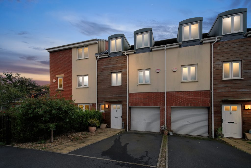 4 Bedroom Town House for Sale on White Swan Close, Killingworth