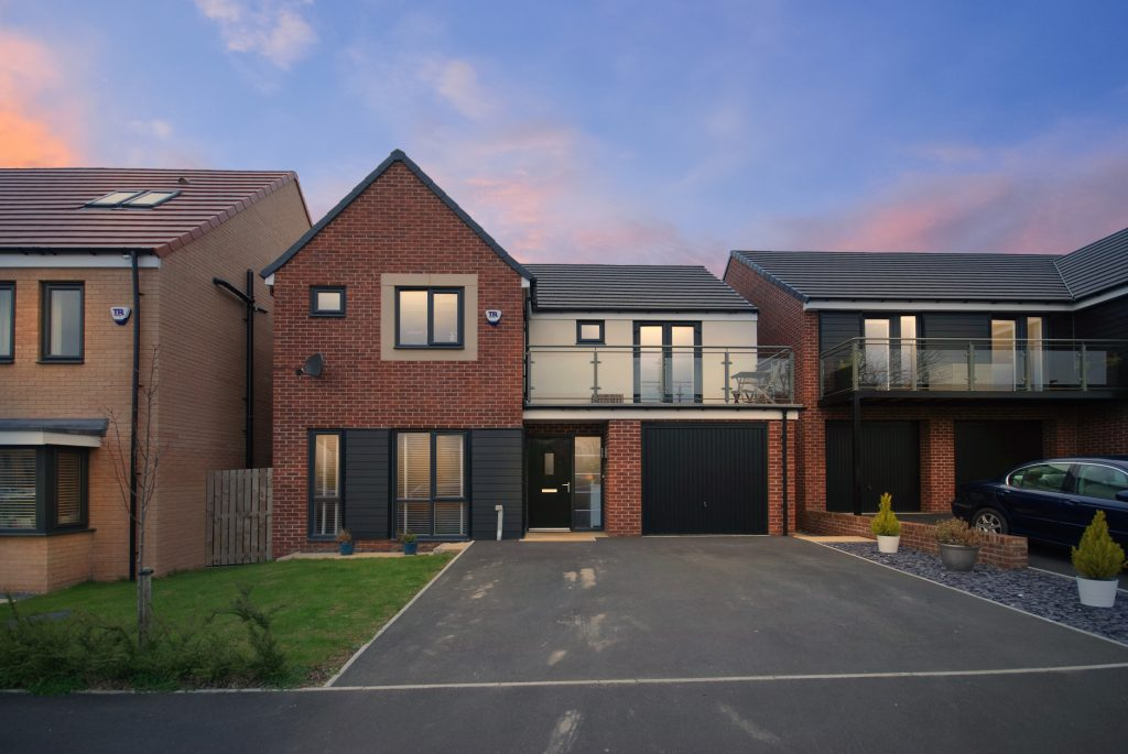 4 BEDROOM HOUSE SOLD ON ASPENWOOD GROVE, THE ROMNEY BY CHARLES CHURCH IN NEWCASTLE GREAT PARK
