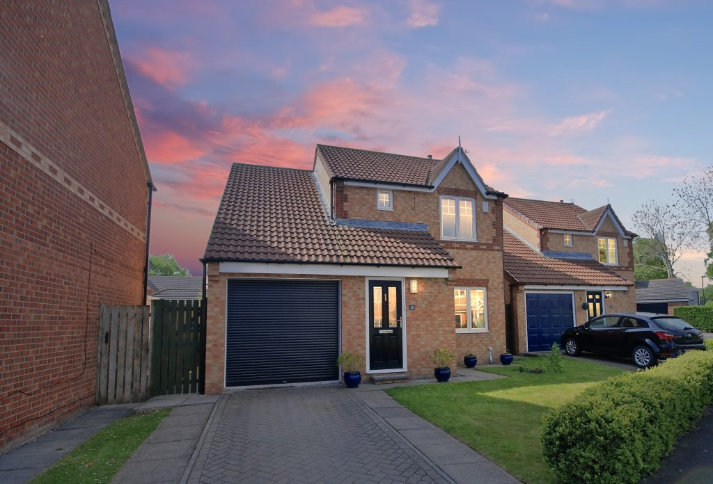 3 Bedroom Detached House for Sale on Seaton Place, Brunswick Green, Newcastle Upon Tyne