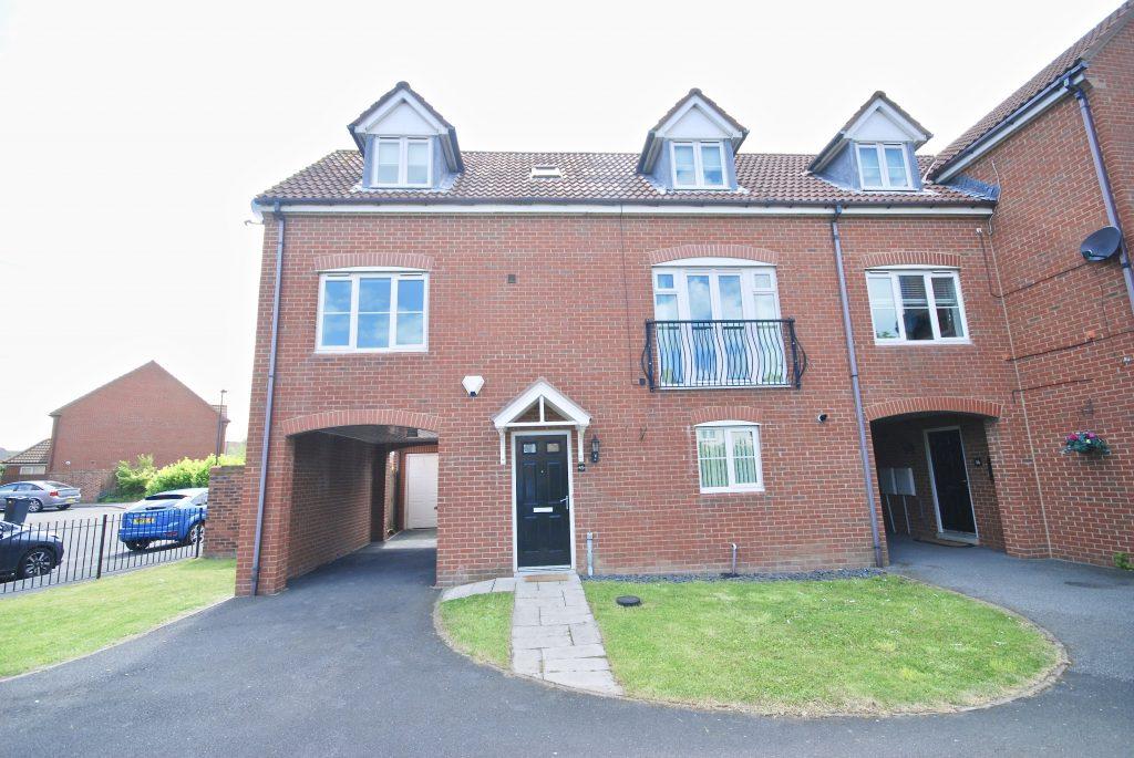 3 Bedroom Semi-detached House to Let on Heathfield, Northumberland Park