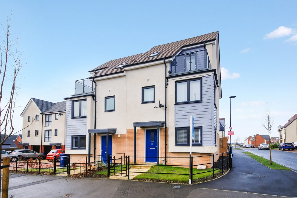 3 Bedroom Town House for Sale on Wagonway Drive, Newcastle Great Park