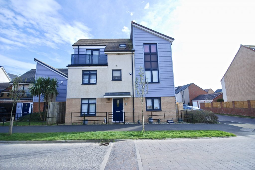 4 Bedroom Detached Property for Sale on Lynemouth Way, Newcastle Great Park