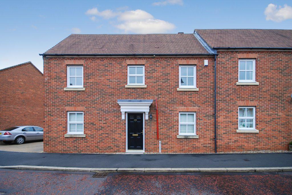 3 Bedroom Semi-detached House to Let on Warkworth Woods
